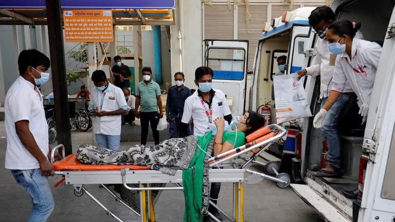 الهند تسجل عددا قياسيا جديدا من الإصابات بكورونا بلغ 400 ألف خلال 24 ساعة